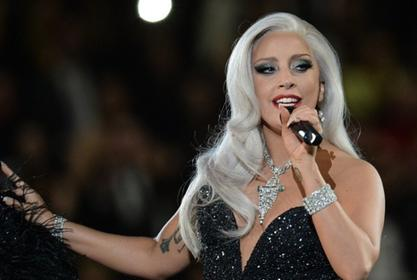 Lady Gaga Stuns In New Sultry Pic That Has Fans Gushing Over Her!