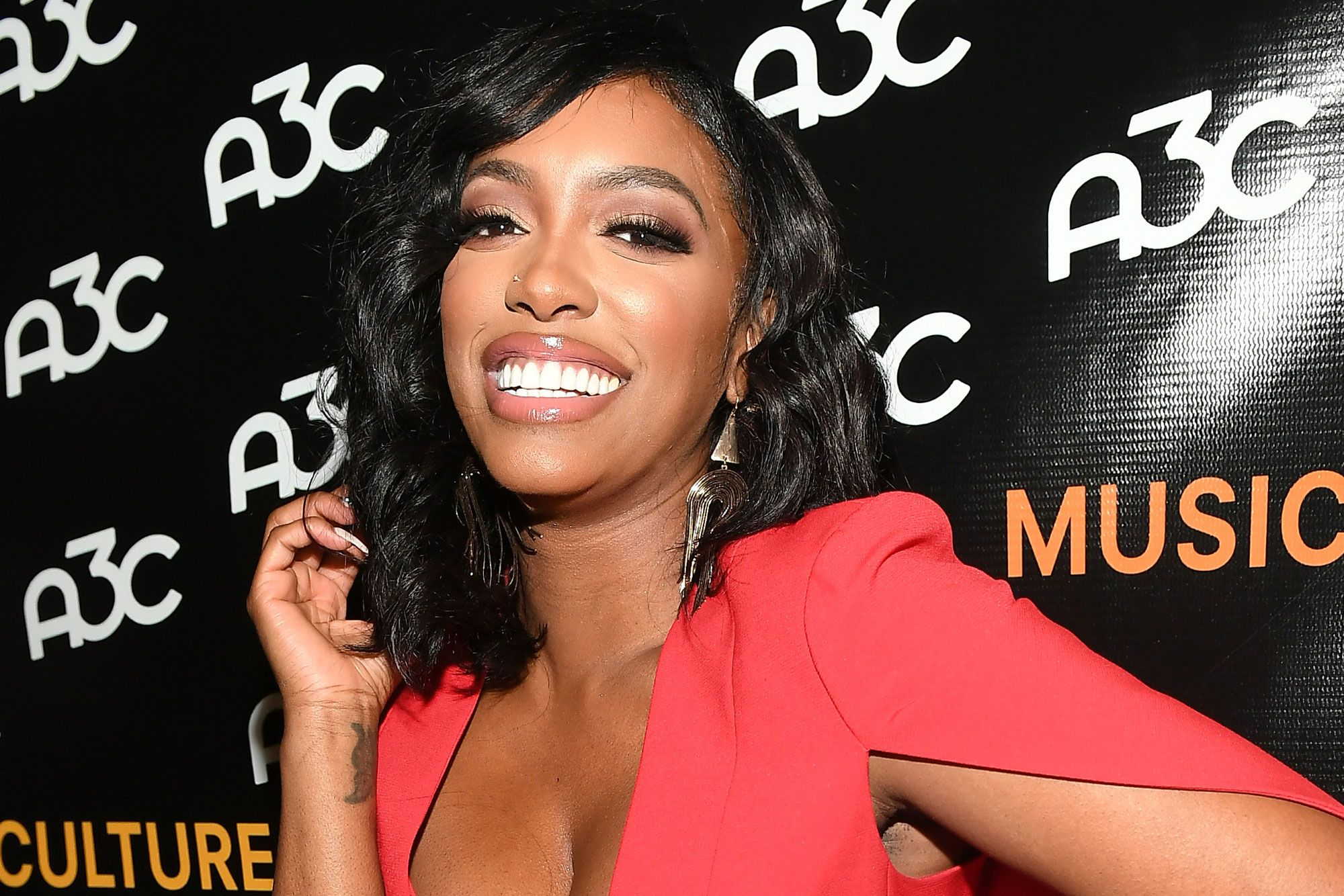 Porsha Williams' Fiancé Gets On Her – See Her Message
