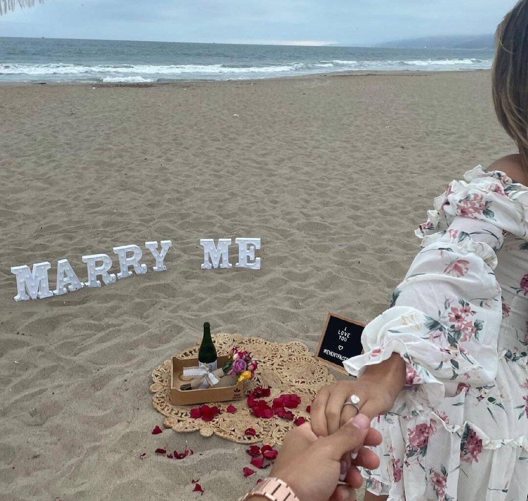 Ronnie Ortiz-Magro Engaged To Girlfriend Saffire Matos - Check Out The Romantic Beach Proposal!