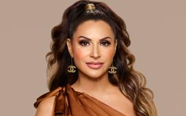 Jennifer Aydin Shows Off Her New Nose After Seemingly Teasing Plastic Surgery!