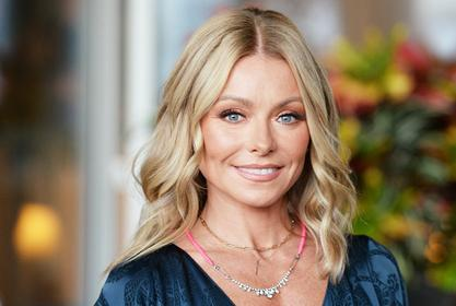 Kelly Ripa And Mark Consuelos Share Some Great Pics From Their European Vacation With Their Whole Extended Family!