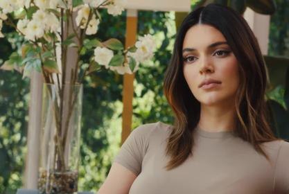 KUWTK: Kendall Jenner Is Back Walking The Runway And Making Some Daring Fashion Choices!