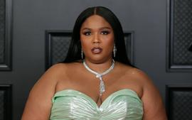 Lizzo Reacts To The Rumor She Killed A Fan At A Concert Via A Stage Dive!