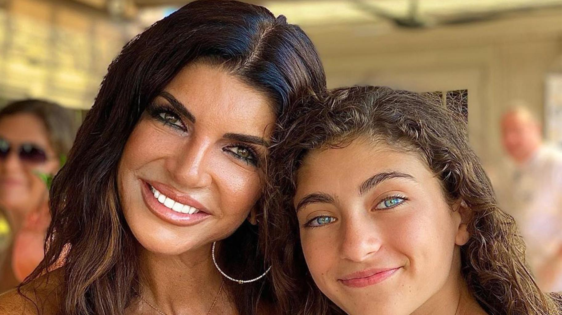 Teresa Giudice's Youngest Daughter Looks All Grown Up In New Pic And Fans Can't Believe Their Eyes!
