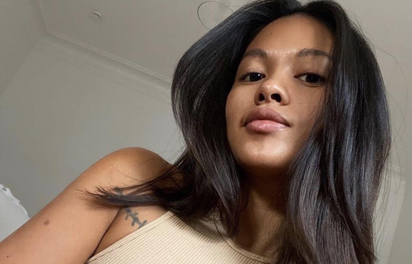 Ammika Harris Shows Off Her Long Legs In This Revealing Outfit
