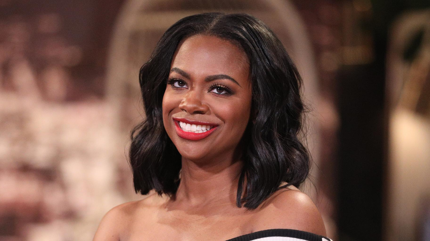 Kandi Burruss Shows Fans The 'Threesome' They Were All Waiting For