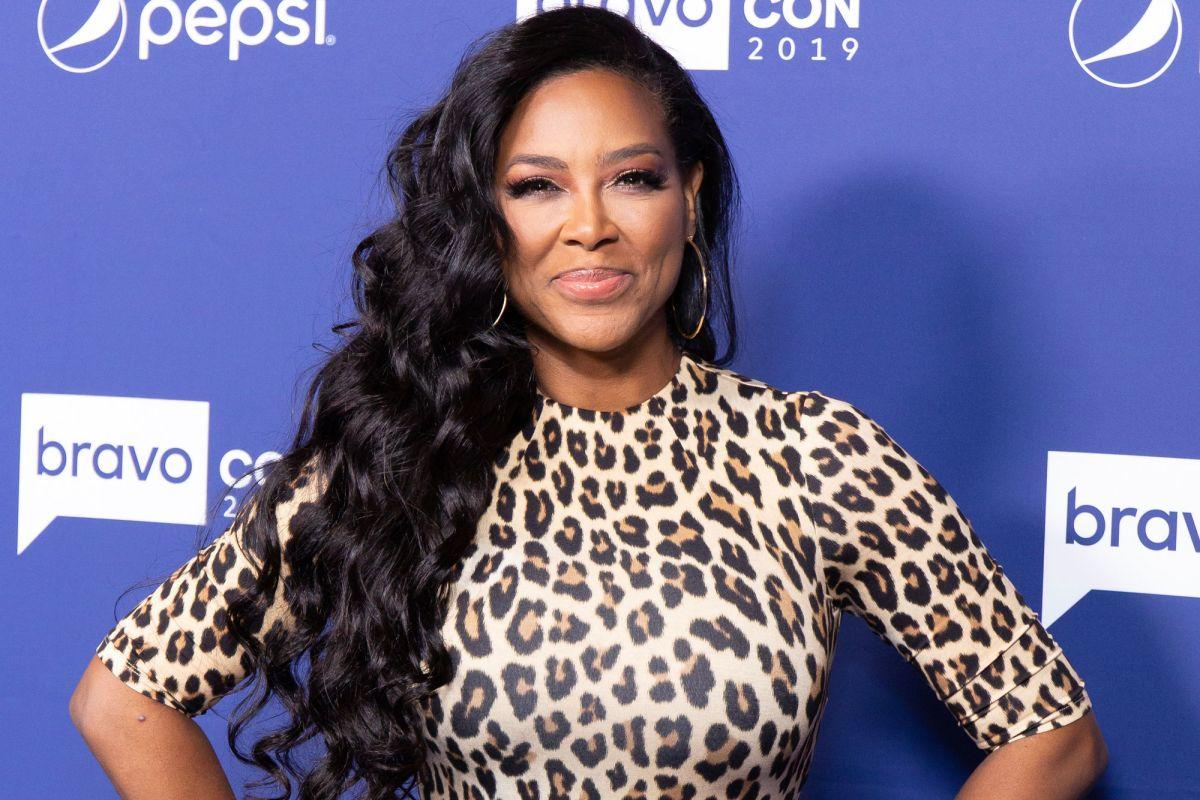 Kenya Moore's Second Issue Of Her Magazine Is Out!