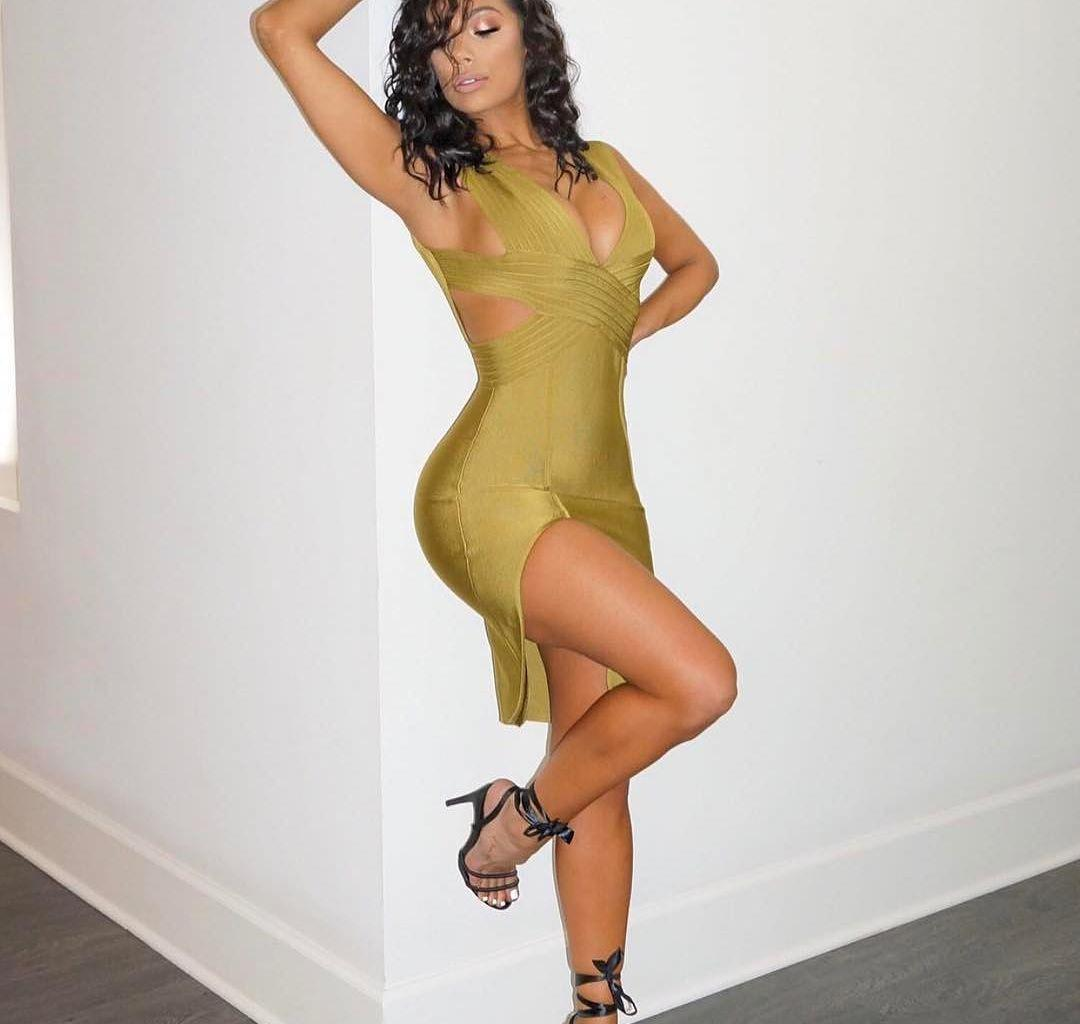 Erica Mena Takes Off Her Bra And Poses For The 'Gram