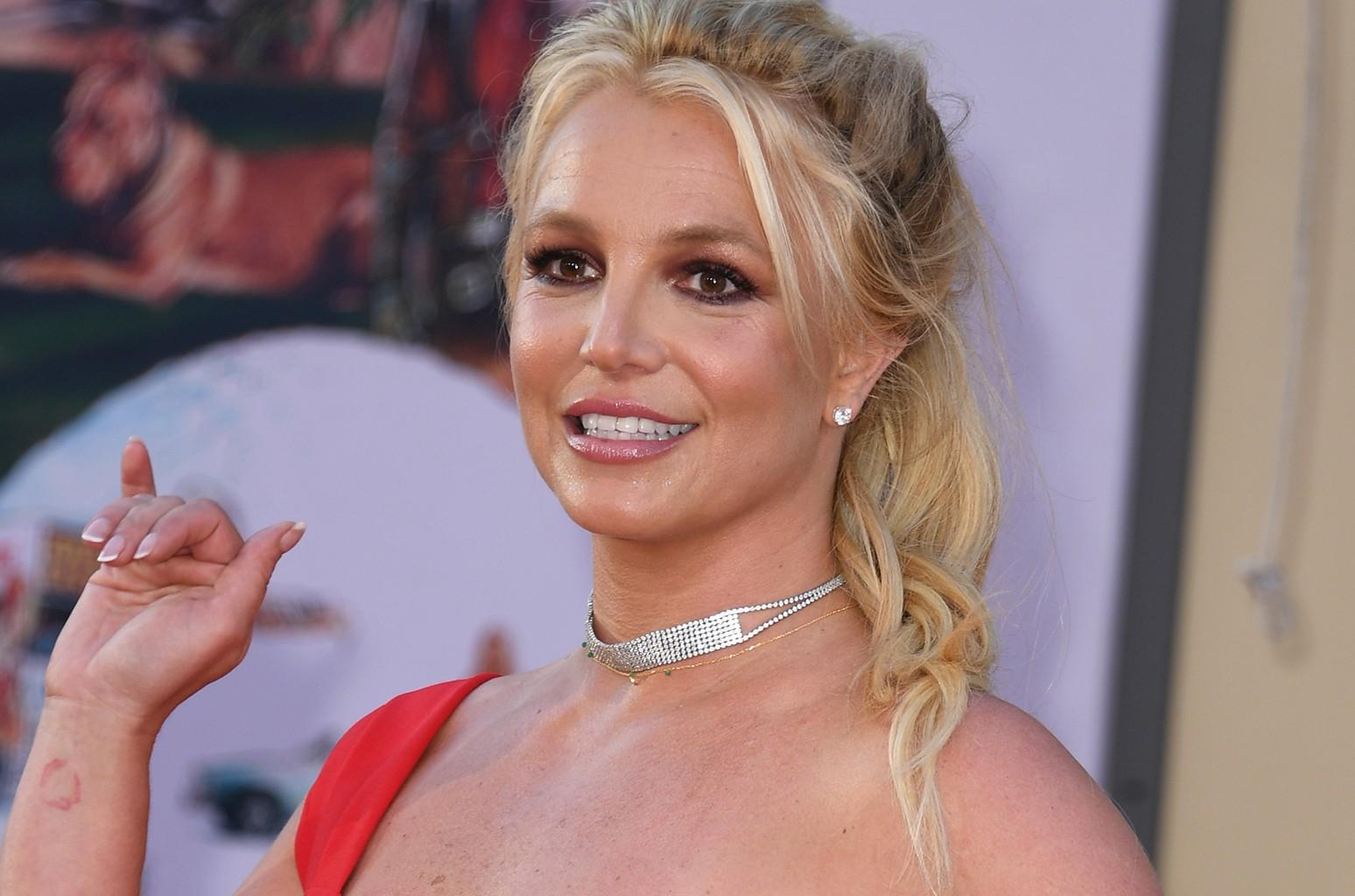 Britney Spears Shows Gratitude To Fans - See Her Message