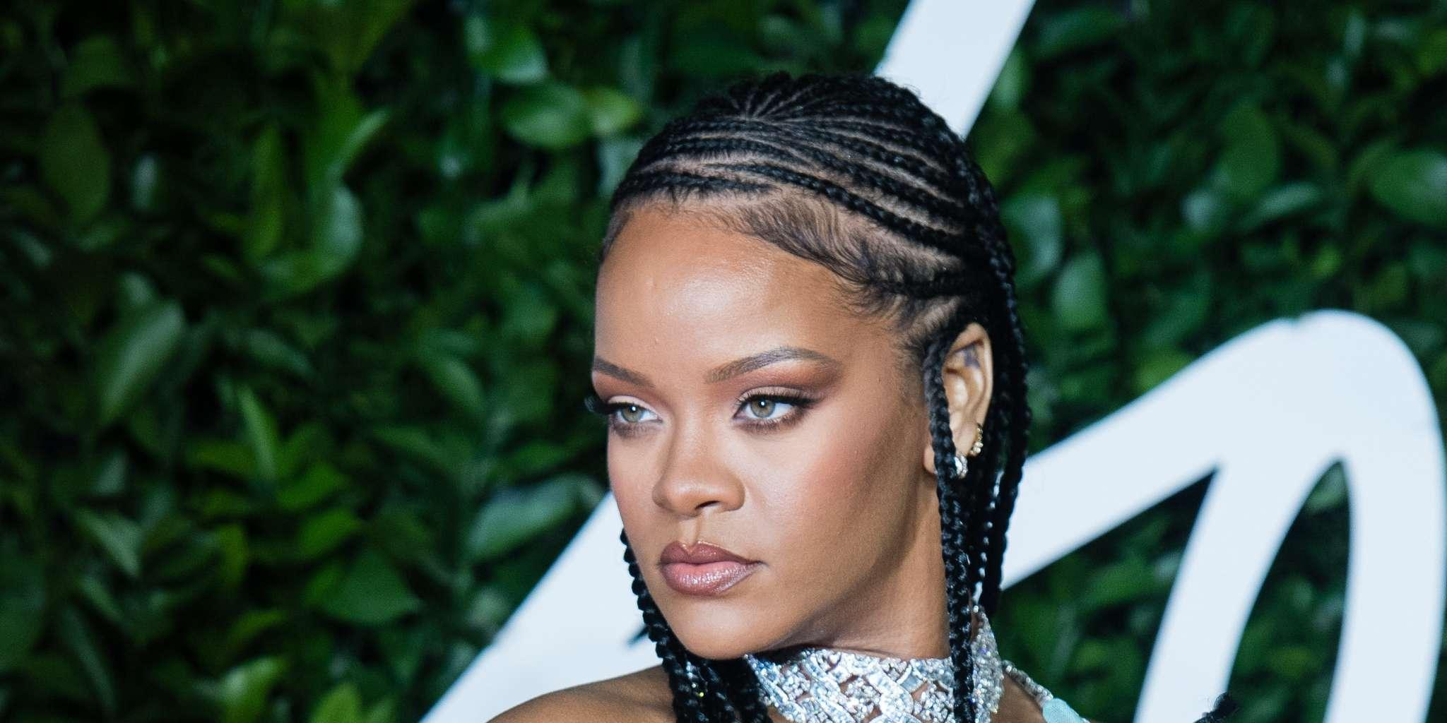 Rihanna Set Will Open Savage X Fenty Stores In 2022