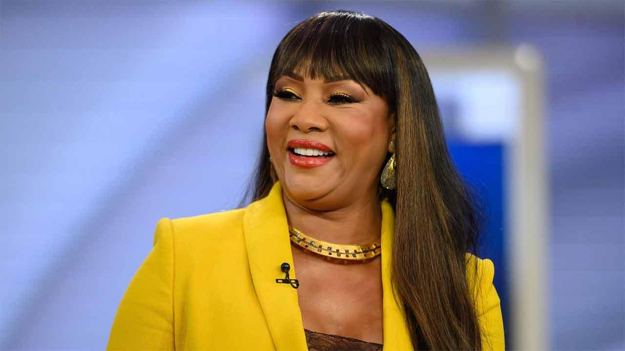 Vivica A. Fox Blasts Person Who Called Her A Snitch